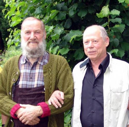 Prof. Eshel Ben-Jacob - links († 2015) bei einem Besuch bei Johann Grander († 2012) in Jochberg in Tirol